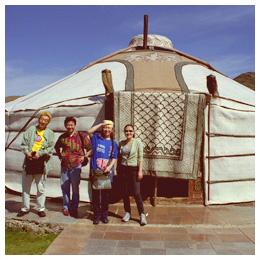 モンゴル紀行:遊牧民の住まい「ゲル」