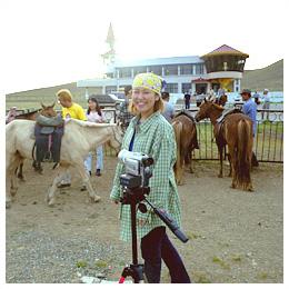 モンゴル紀行:遊牧民の子供と馬乗り体験